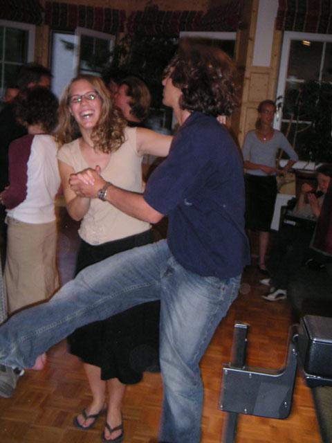 kicking_dance