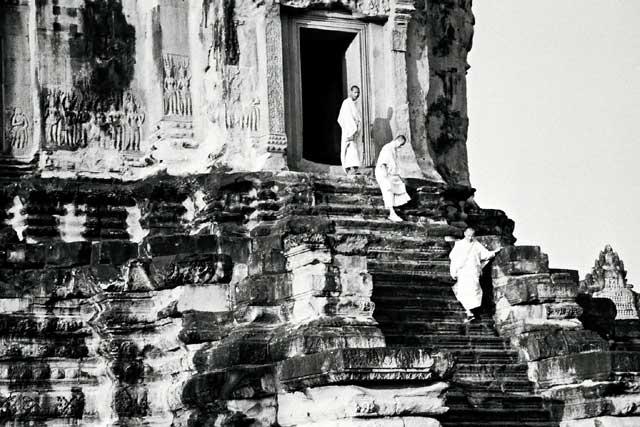 3-monks